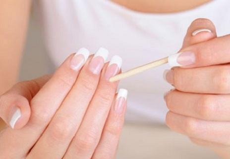 Как снять накладные ногти в домашних условиях? Подвиг или обыденность?