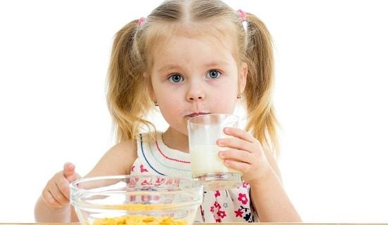 foto allergija na moloko u detej 2