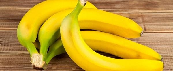 foto-mozhno-li-est-banany-na-noch