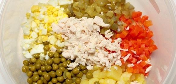 foto-salat-olivie-recept-klassicheskij-1