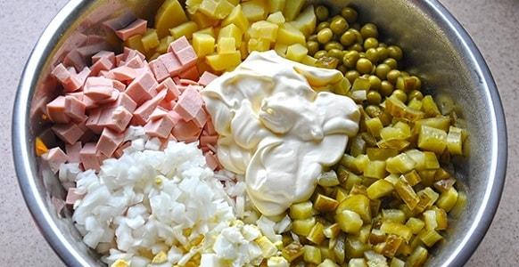 foto-salat-olivie-recept-klassicheskij-2