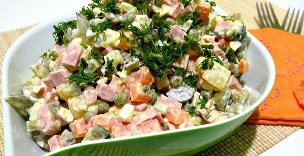 foto-salat-olivie-recept-klassicheskij-4