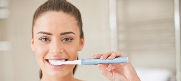 foto kak pravil'no chistit zuby 2