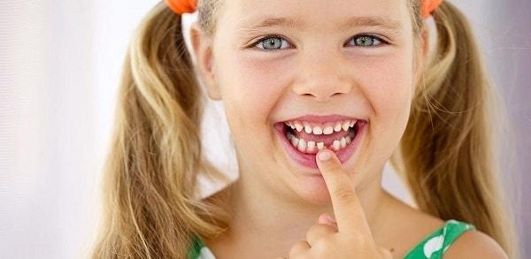 foto rebenok skripit zubami 5