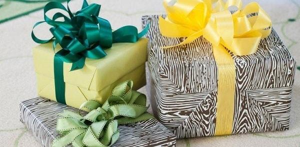 Как вы необычно вручали подарки 28