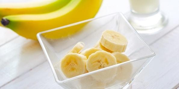 foto-mozhno-li-est-banany-na-noch-3
