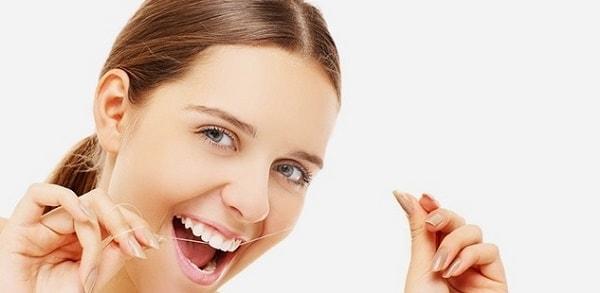 foto kak pravil'no chistit zuby 3