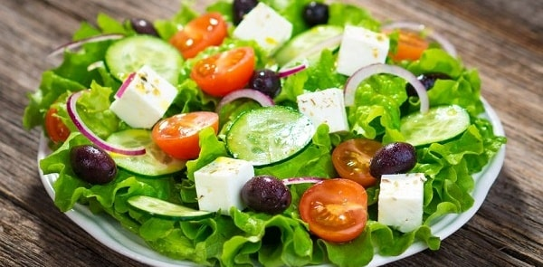 foto grecheskij salat 12