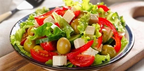 foto grecheskij salat 5