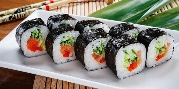 foto mozhno li est sushi i rolly na diete 2