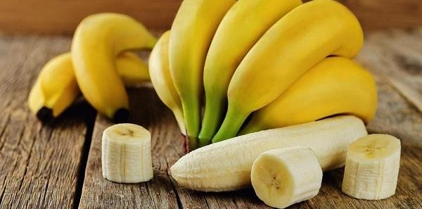 foto maska iz banana dlja lica